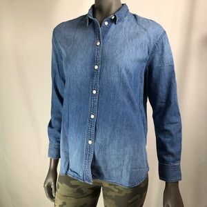 Madewell Chambray long-sleeve button down shirt